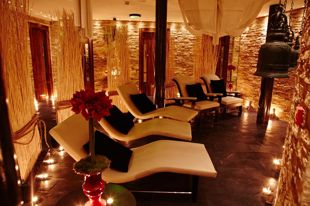thai salon seats