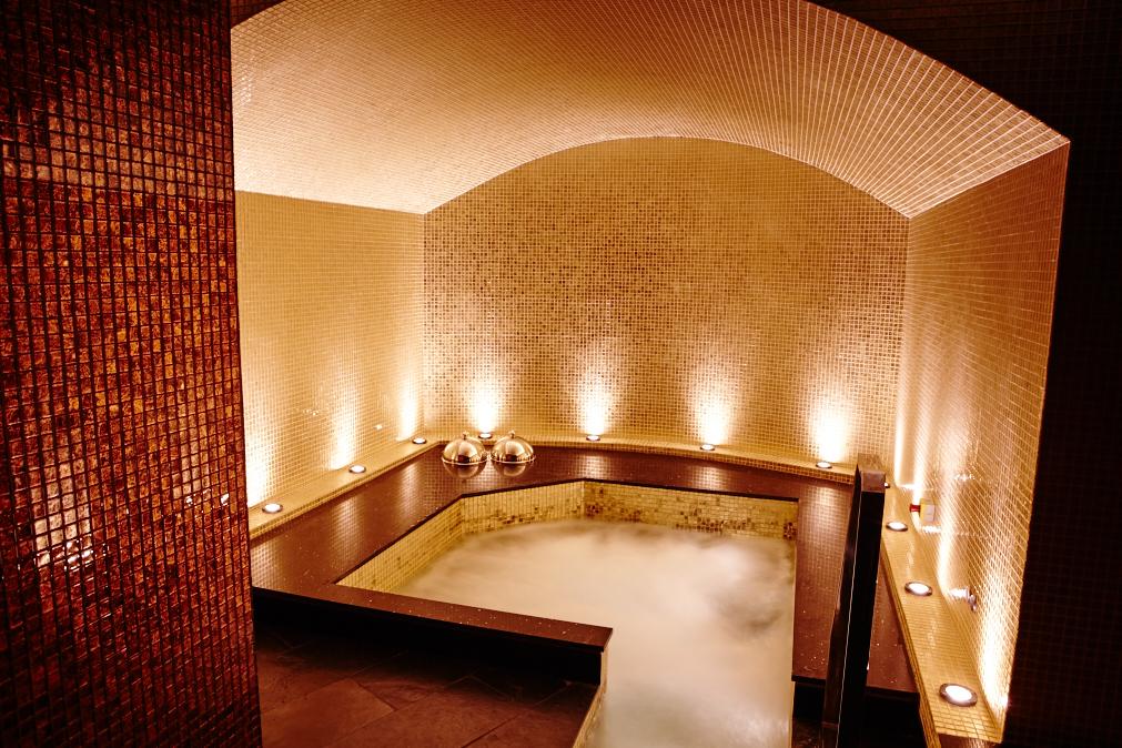 inside Thai square spa